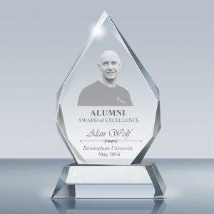Alumni-006-Design-A-Fr